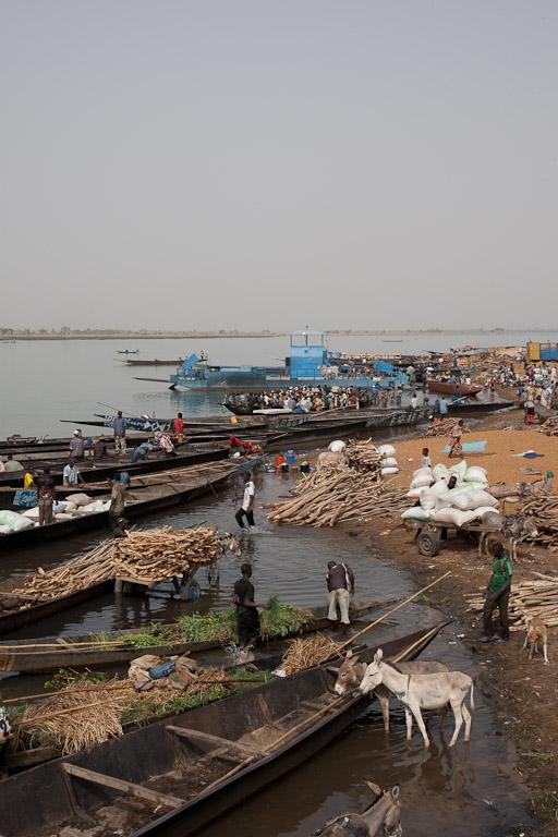 Puerto de Segou en rio Niger.