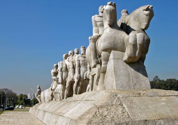Monumentos en São Paulo (Brasil)